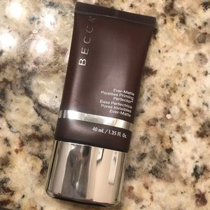 BECCA Ever-matte Poreless Perfecting Primer